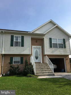 Photo of 95 Curtis DRIVE, New Oxford, PA 17350 (MLS # PAAD107728)