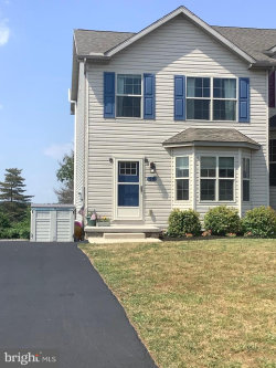 Photo of 46 Skyview CIRCLE, Hanover, PA 17331 (MLS # PAAD112030)