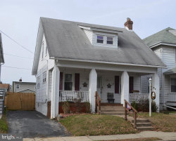 Photo of 28 W Roland ROAD, Brookhaven, PA 19015 (MLS # PADE505098)