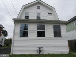 Photo of 11 W Roland ROAD, Brookhaven, PA 19015 (MLS # PADE521704)