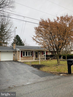 Photo of 657 Forest ROAD, Chambersburg, PA 17202 (MLS # PAFL171124)