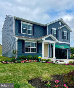 Photo of 10921 Ridge Crest DRIVE, Waynesboro, PA 17268 (MLS # PAFL173704)