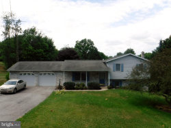 Photo of 143 Norlo DRIVE, Fayetteville, PA 17222 (MLS # PAFL173890)