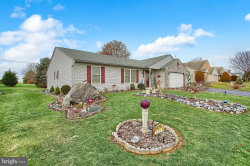 Photo of 112 Queen Annes WAY, Ephrata, PA 17522 (MLS # PALA112410)