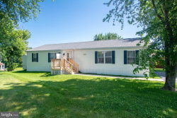 Photo of 220 Robin Drive, Red Lion, PA 17356 (MLS # PAYK119890)