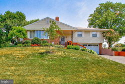 Photo of 2 Independence AVENUE, Spring Grove, PA 17362 (MLS # PAYK121318)