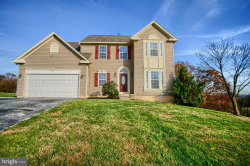 Photo of 355 Lakeview DRIVE, Spring Grove, PA 17362 (MLS # PAYK129440)