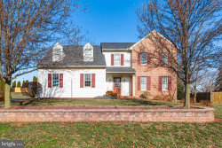 Photo of 1579 Lilac ROAD, York, PA 17408 (MLS # PAYK133658)