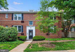 Photo of 224 N George Mason DRIVE, Unit 4, Arlington, VA 22203 (MLS # VAAR163580)