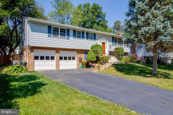 Photo of 3132 Flintlock ROAD, Fairfax, VA 22030 (MLS # VAFC118878)