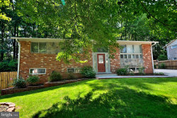 Photo of 5004 Wheatstone DRIVE, Fairfax, VA 22032 (MLS # VAFX1063406)