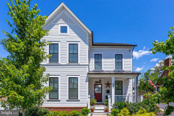 Photo of 624 Spring STREET, Herndon, VA 20170 (MLS # VAFX1068360)