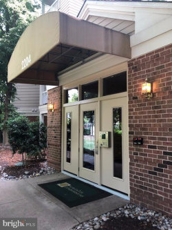 Photo of 2204 Westcourt Lane, Unit 101, Herndon, VA 20170 (MLS # VAFX1069138)