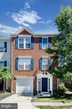 Photo of 13513 Avonmore DRIVE, Herndon, VA 20171 (MLS # VAFX1071120)