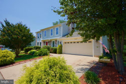 Photo of 5510 Sequoia Farms DRIVE, Centreville, VA 20120 (MLS # VAFX1074084)
