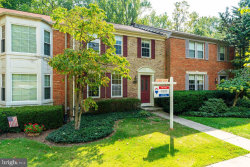 Photo of 8923 Park Forest DRIVE, Springfield, VA 22152 (MLS # VAFX1093010)