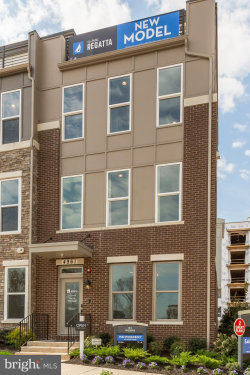 Photo of 14490 Lake Vista DRIVE, Chantilly, VA 20151 (MLS # VAFX1098040)
