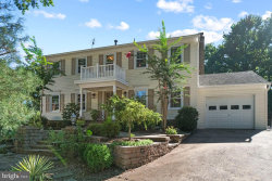 Photo of 6828 Stoneybrooke LANE, Alexandria, VA 22306 (MLS # VAFX1153488)