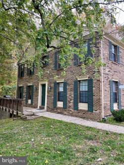 Photo of 6071 Guildhall COURT, Burke, VA 22015 (MLS # VAFX1163834)