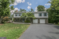 Photo of 5503 Hampton Forest WAY, Fairfax, VA 22030 (MLS # VAFX1164644)