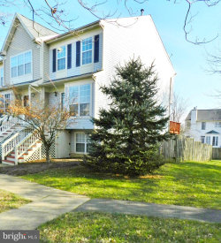 Photo of 14155 Autumn CIRCLE, Centreville, VA 20121 (MLS # VAFX540810)