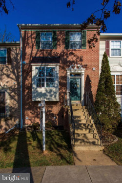 Photo of 6706 Jenny Leigh COURT, Centreville, VA 20121 (MLS # VAFX632258)