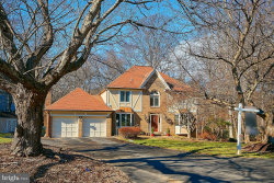 Photo of 2900 Taj DRIVE, Oakton, VA 22124 (MLS # VAFX745374)