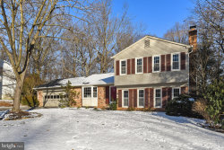 Photo of 2907 Bree Hill ROAD, Oakton, VA 22124 (MLS # VAFX866976)