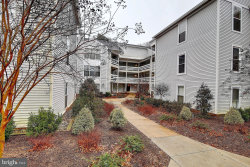 Photo of 10303 Appalachian CIRCLE, Unit 9-213, Oakton, VA 22124 (MLS # VAFX868600)