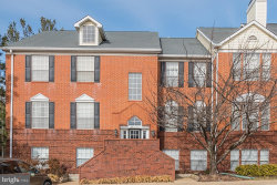 Photo of 676 Gateway DRIVE SE, Unit 805, Leesburg, VA 20175 (MLS # VALO353594)