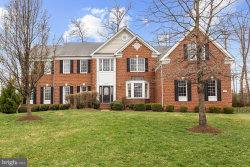 Photo of 20049 Boxwood PLACE, Ashburn, VA 20147 (MLS # VALO380734)
