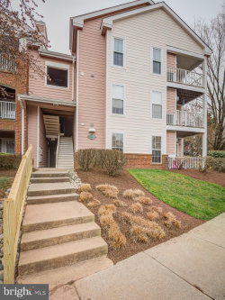 Photo of 21014 Timber Ridge TERRACE, Unit 303, Ashburn, VA 20147 (MLS # VALO380918)