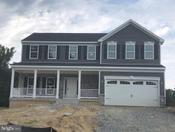 Photo of 5 Jacobs Hill Court, Leesburg, VA 20176 (MLS # VALO405158)