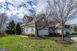 Photo of 20024 Valhalla SQUARE, Ashburn, VA 20147 (MLS # VALO406692)