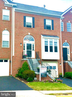 Photo of 688 Mcleary SQUARE SE, Leesburg, VA 20175 (MLS # VALO420920)