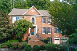 Photo of 518 Fortress CIRCLE SE, Leesburg, VA 20175 (MLS # VALO423602)
