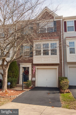 Photo of 6921 Traditions TRAIL, Gainesville, VA 20155 (MLS # VAPW482418)