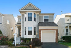 Photo of 14213 Forbes PLACE, Gainesville, VA 20155 (MLS # VAPW507188)