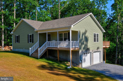 Photo of 21 Hobbs Nob, Front Royal, VA 22630 (MLS # VAWR140682)
