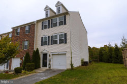 Photo of 24 Carnegie Links DRIVE, Martinsburg, WV 25405 (MLS # WVBE172184)