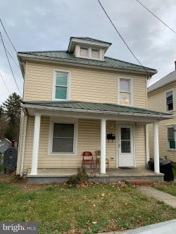 Photo of 714 W Stephen, Martinsburg, WV 25401 (MLS # WVBE180066)