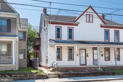 Photo of 30 Middle STREET W, Hanover, PA 17331 (MLS # 1000863928)