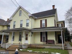 Photo of 328 East King, Chambersburg, PA 17201 (MLS # PAFL160290)