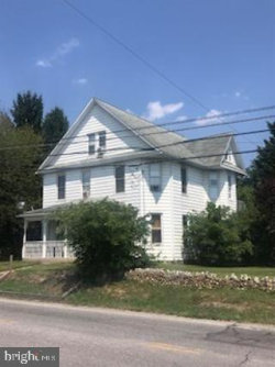 Photo of 862 North Franklin, Chambersburg, PA 17201 (MLS # PAFL165558)