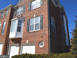 Photo of 4060 Oak Village Ldg, Fairfax, VA 22033 (MLS # 1000437462)