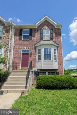 Photo of 25 Snowberry WAY, Charles Town, WV 25414 (MLS # 1002253488)