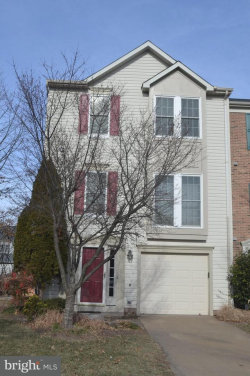 Photo of 6308 Meadow Glade LANE, Centreville, VA 20121 (MLS # 1004451961)