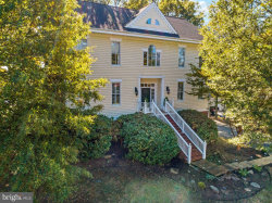 Photo of 1308 Beachview, Annapolis, MD 21403 (MLS # MDAA429436)