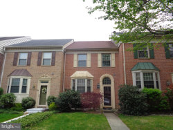 Photo of 90 English Run CIRCLE, Sparks, MD 21152 (MLS # MDBC487248)