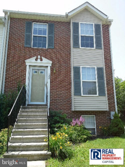 Photo of 122 North Towne COURT, Mount Airy, MD 21771 (MLS # MDCR100091)